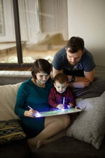 """Детский интерактивный набор для рисования в темноте """"Рисуй светом"""" (Low Price)"""
