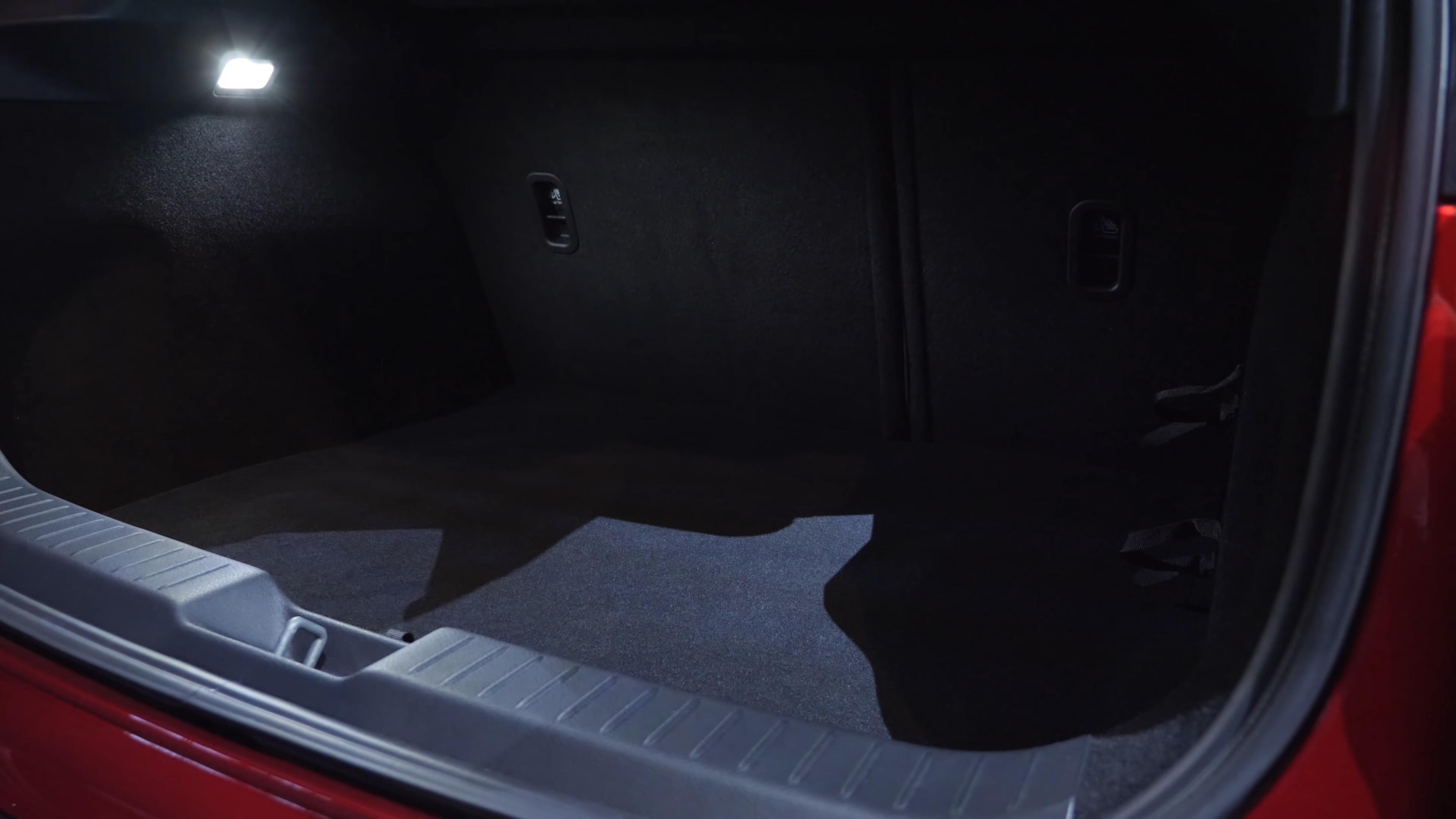 Обзор Mazda CX-30 2019